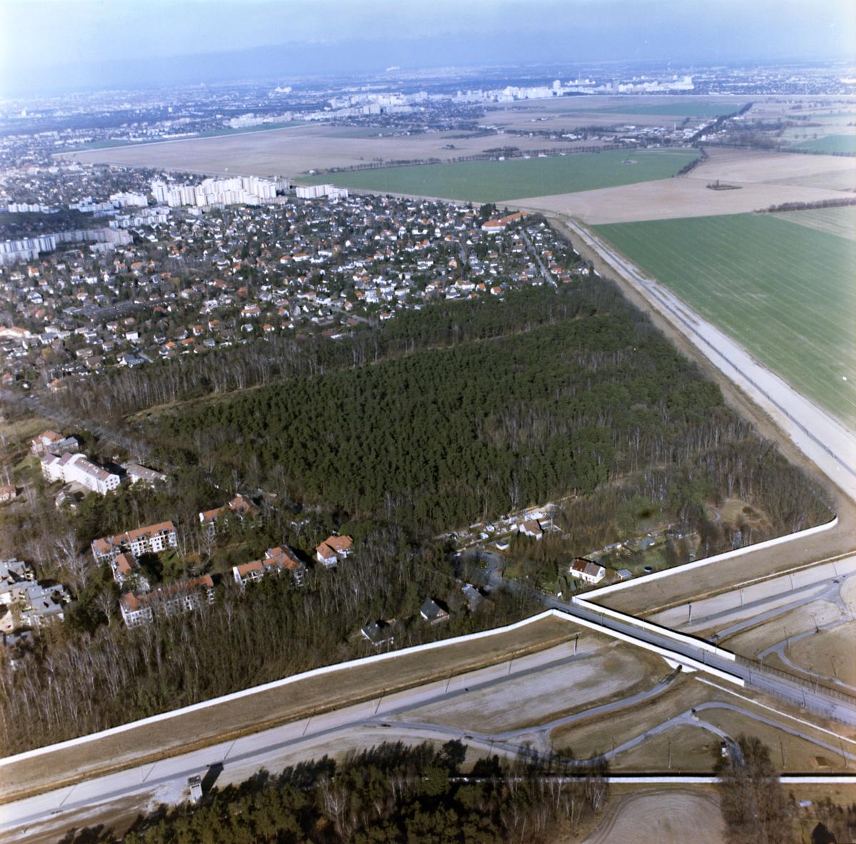 Luftbildaufnahme der Grenze